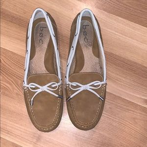 B.O.C by Born beige loafers size 9.5 GUC